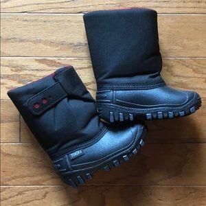 Tundra baby snow boots
